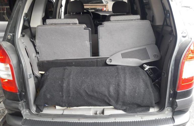 Chevrolet Zafira Comfort 2.0 (Flex) - Foto #10