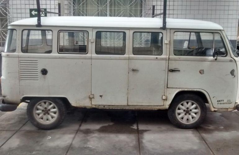 Volkswagen Kombi Luxo 1.6 - Foto #1