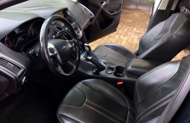 Ford Focus Fastback Titanium 2.0 PowerShift - Foto #5