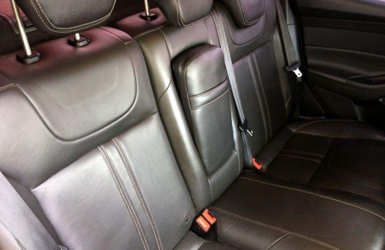 Ford Focus Fastback Titanium 2.0 PowerShift - Foto #6