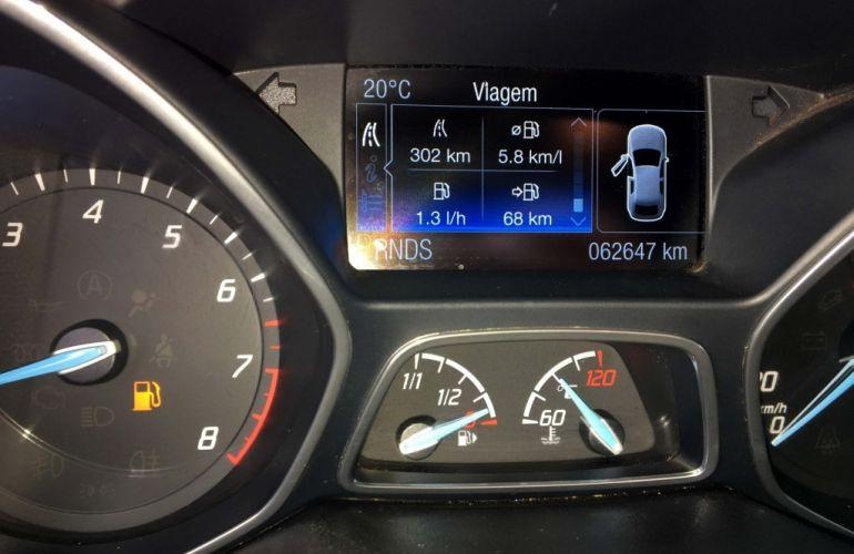 Ford Focus Fastback Titanium 2.0 PowerShift - Foto #8