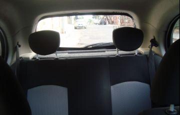 Nissan March 1.0 16V S (Flex) - Foto #8