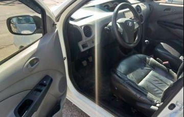 Toyota Etios XS 1.3 16V Flex - Foto #10