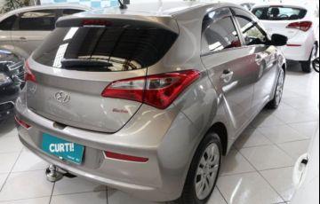Hyundai HB20 Comfort Plus 1.0 Flex 12V Turbo - Foto #4
