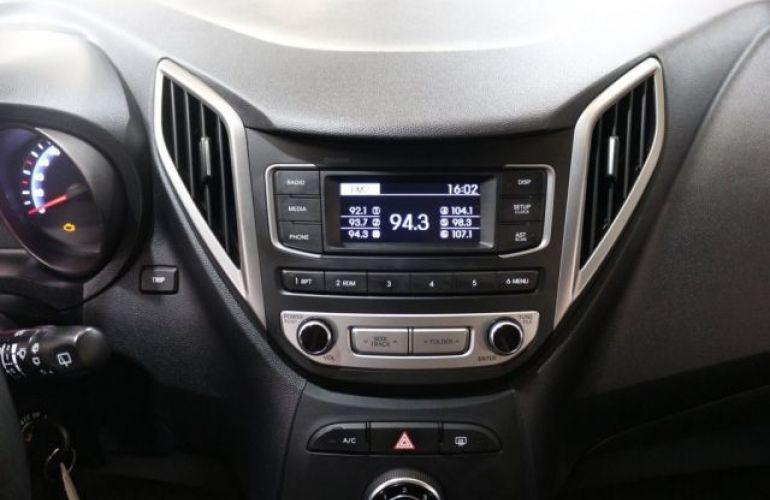 Hyundai HB20 Comfort Plus 1.0 Flex 12V Turbo - Foto #10