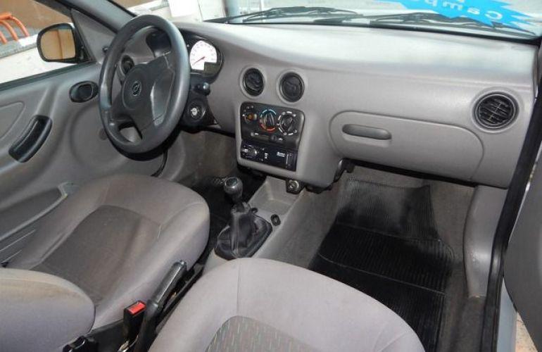Chevrolet Celta 1.0 MPFI 8V - Foto #3