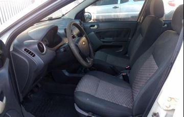 Ford Fiesta Hatch Supercharger 1.0 8V - Foto #5