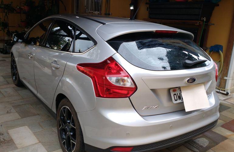 Ford Focus Hatch Titanium 2.0 16V PowerShift - Foto #1