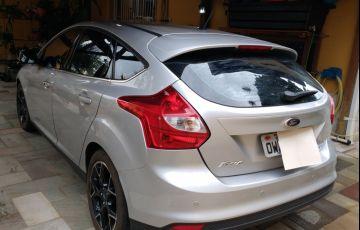 Ford Focus Hatch Titanium 2.0 16V PowerShift