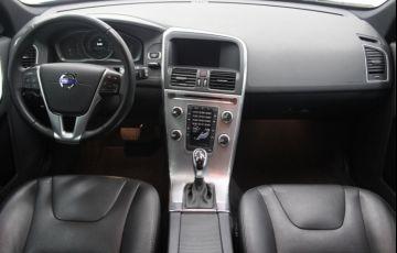 Volvo XC60 2.4 D5 Kinetic 4WD - Foto #7