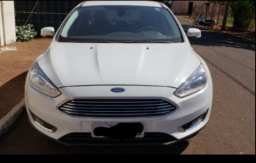 Ford Focus Sedan Titanium 2.0 PowerShift