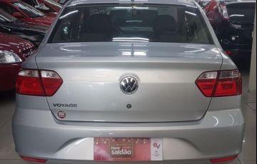 Volkswagen Voyage 1.6 Mi 8V Total Flex - Foto #5