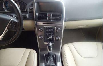 Volvo XC60 Dynamic FWD 2.0 T5 Turbo - Foto #4