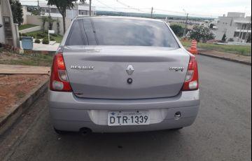 Renault Logan Expression 1.6 8V Hi-Torque (flex) - Foto #3