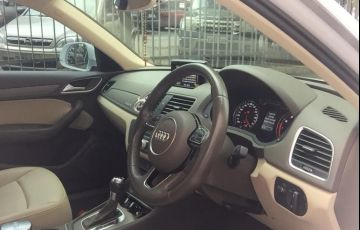 Audi Q3 2.0 TFSI Attraction S Tronic Quattro - Foto #5
