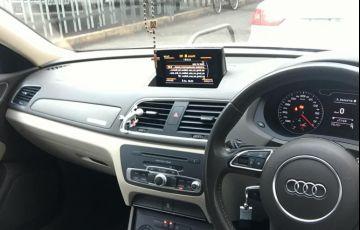 Audi Q3 2.0 TFSI Attraction S Tronic Quattro - Foto #6