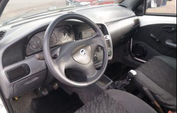 Fiat Strada Fire 1.3 8V - Foto #6