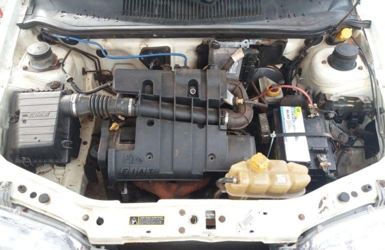 Fiat Strada Fire 1.3 8V - Foto #7
