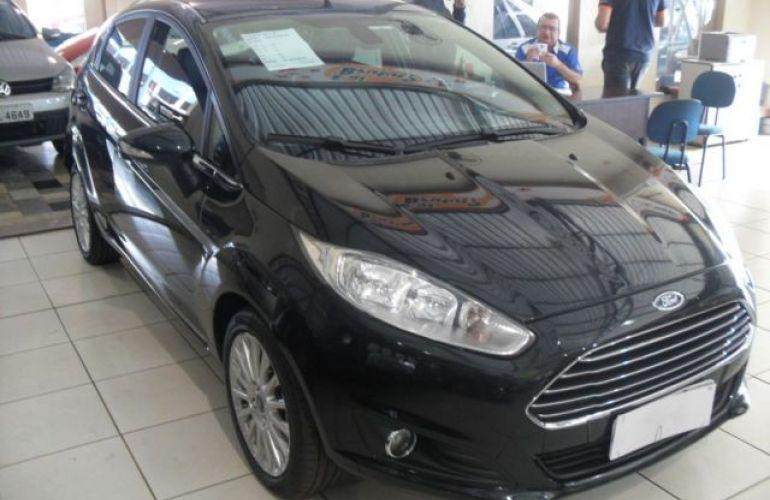 Ford Fiesta Titanium PowerShift 1.6 - Foto #3