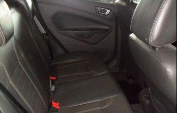 Ford Fiesta Titanium PowerShift 1.6 - Foto #7