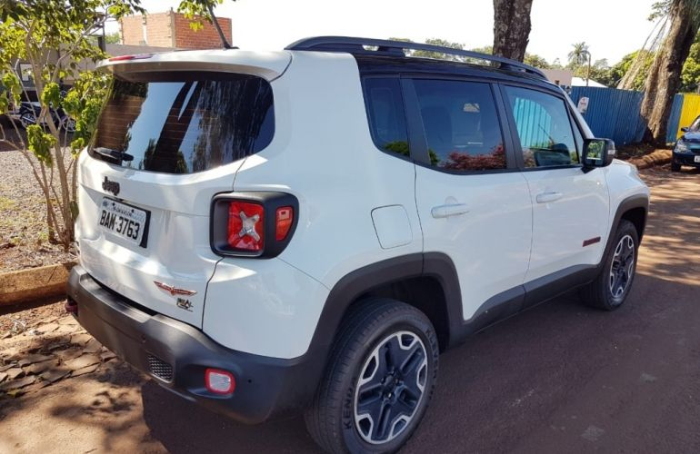 Jeep Renegade Trailhawk 2.0 TDI 4WD (Aut) - Foto #4