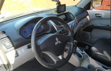 Mitsubishi L 200 Triton HPE 4x4 3.5 V6 (flex) (cab. dupla) (aut) - Foto #7