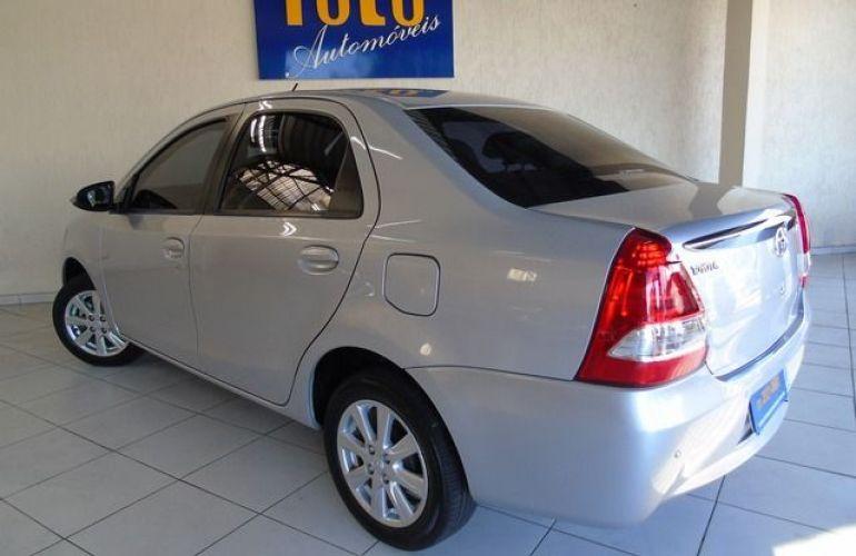 Toyota Etios Sedan XLS-AT 1.5 16V Flex - Foto #3
