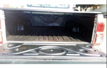Toyota Hilux 3.0 TDI 4x4 CD SR - Foto #4