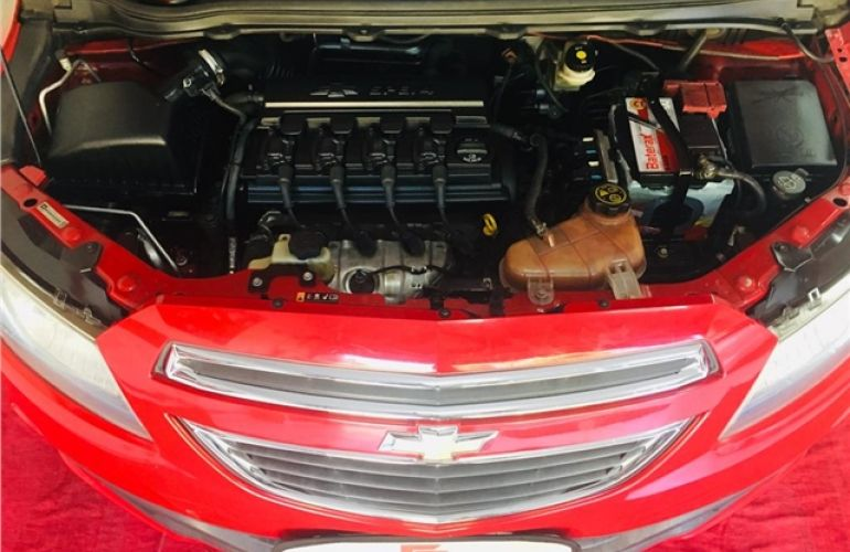 Chevrolet Prisma 1.4 MPFi LT 8V Flex 4p Automático - Foto #6