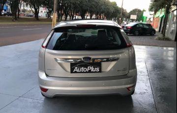 Ford Focus Hatch Ghia 2.0 16V (Aut) - Foto #3