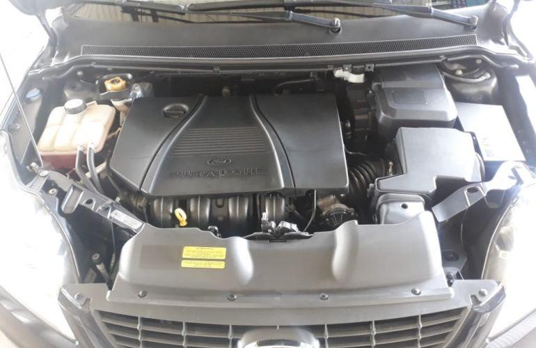 Ford Focus Hatch Titanium Plus 2.0 16V PowerShift - Foto #7