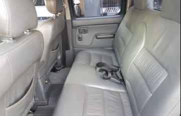 Nissan Frontier SE 4x4 2.8 Eletronic (cab. dupla) - Foto #9