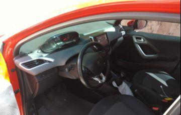 Peugeot 208 Active Pack 1.2 12V (Flex) - Foto #3
