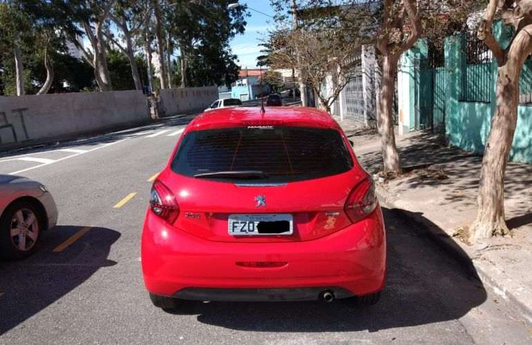 Peugeot 208 Active Pack 1.2 12V (Flex) - Foto #8