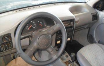 Volkswagen Gol 1.0 Mi 8V - Foto #4