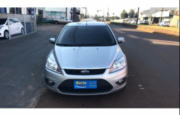 Ford Focus Hatch GLX 2.0 16V Duratec (Aut) - Foto #3