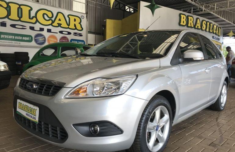 Ford Focus Hatch GLX 1.6 8V (Flex) - Foto #2