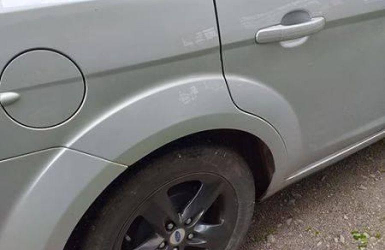 Ford Focus Sedan GL 1.6 16V (Flex) - Foto #6