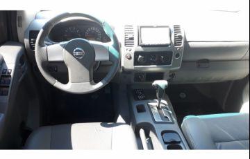 Nissan Frontier LE 4x4 2.5 16V (cab. dupla) (aut) - Foto #3
