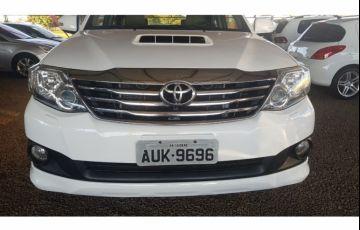 Toyota Hilux SW4 3.0 TDI 4x4 SRV 7L - Foto #1