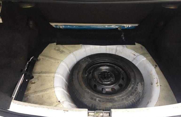 Chevrolet Corsa Sedan Classic Life 1.0 VHC (Flex) - Foto #6