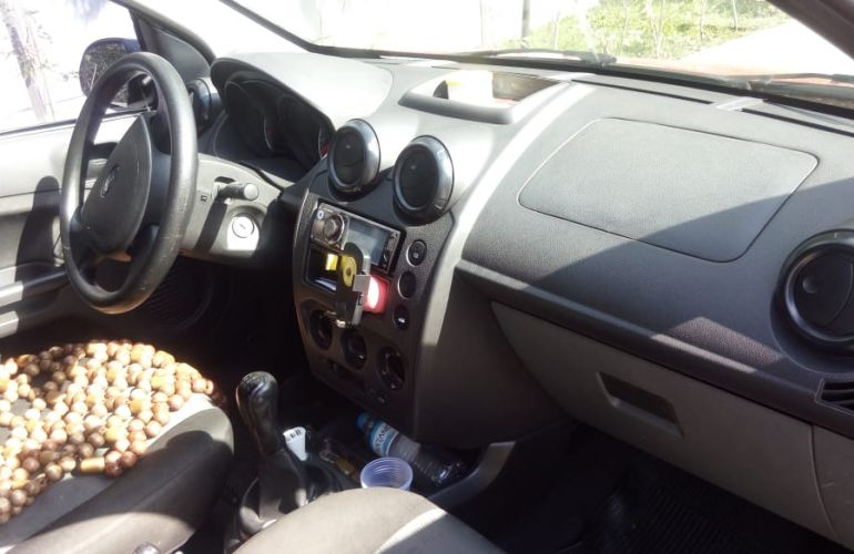 Ford Fiesta Hatch Rocam 1.0 (Flex) - Foto #3