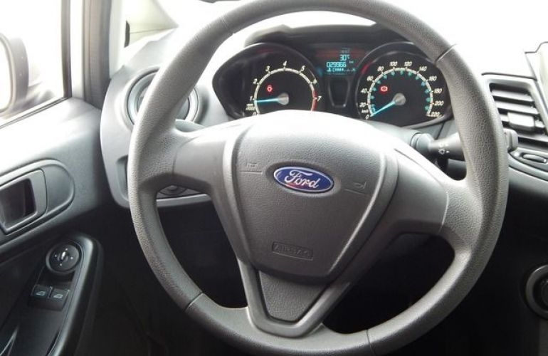 Ford New Fiesta SE 1.5 - Foto #3