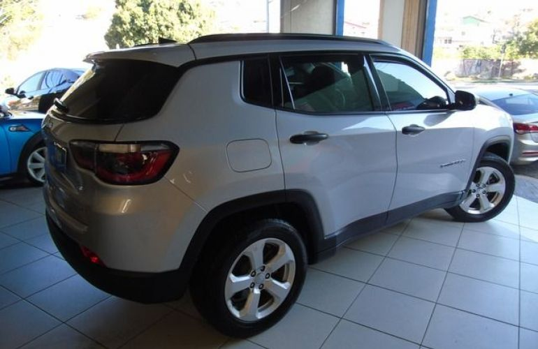 Jeep Compass Sport 2.0 16V Flex - Foto #3