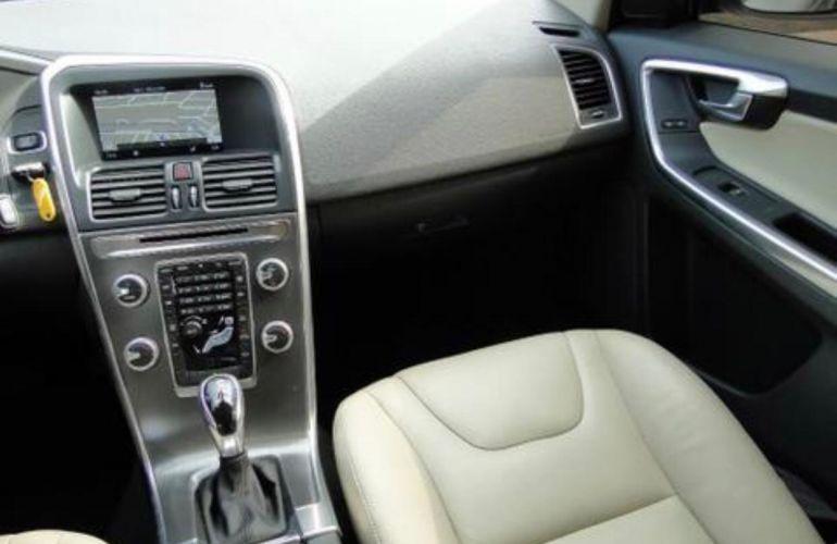 Volvo XC60 2.0 T5 Drive-E Comfort - Foto #3