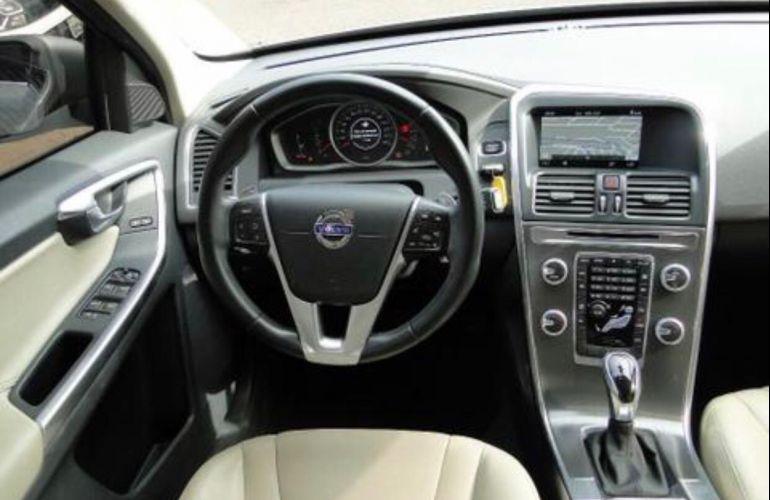 Volvo XC60 2.0 T5 Drive-E Comfort - Foto #4