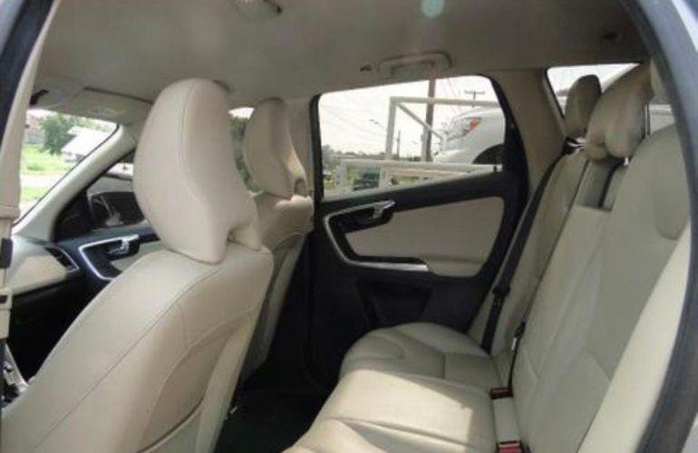 Volvo XC60 2.0 T5 Drive-E Comfort - Foto #6