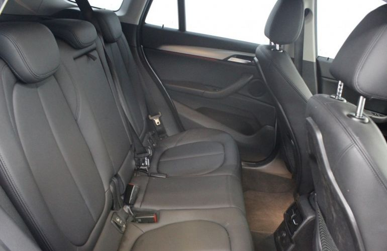 BMW X1 2.0 sDrive20i Activeflex - Foto #6