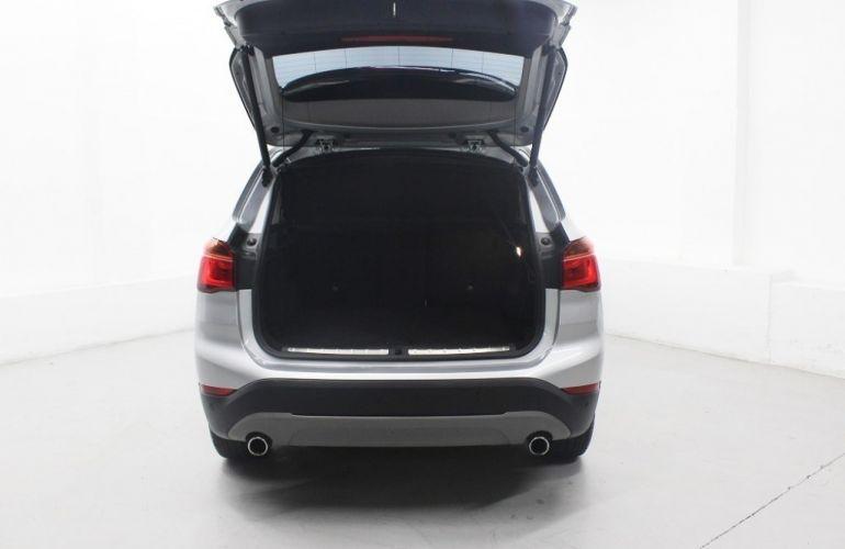 BMW X1 2.0 sDrive20i Activeflex - Foto #9