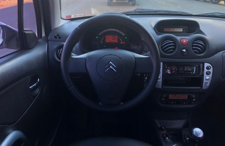 Citroën C3 Exclusive 1.4 8V (flex) - Foto #9